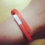 picture of jawbone wrist band